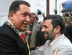 Chavez: Bütün dünya İran'a saygılı olmalı