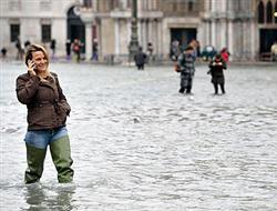 Venedik yine sular altında!