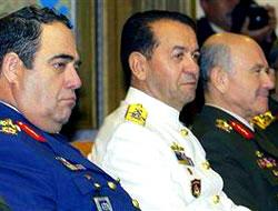 Komutanlar neden serbest bırakıldı?