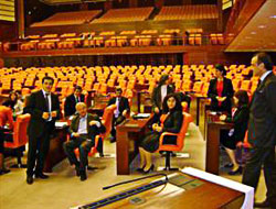 DTP'liler istifadan vazgeçti, BDP'de devam