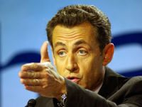 Sarkozy'ye Libya tokadı