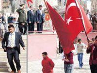 BDP'li Başkandan Askere Protesto