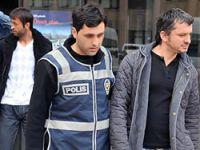 Eski Milli futbolcu şike'den tutuklandı