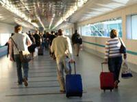 16 bin uçuş iptal edildi
