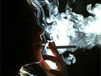 Sigara içenler daha depresif