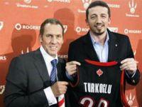 Hidayet Raptors ile imzaladı