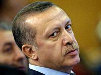 Erdoğan'ın masasında ayet olsa ...