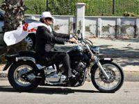 Tüzmen'den motosikletle 'evet' şovu