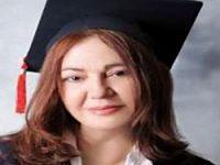 Nazan Öncel 53 yaşında üniversite bitirdi