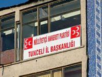 MHP, Tunceli'ye tabela astı!