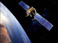 Mısır'ın uydusu uzayda kayboldu...