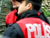 Polisten askere esrar operasyonu