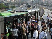 Metrobüs halkı isyan ettirdi