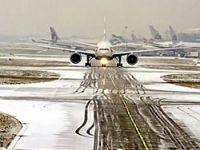 Kar Moskova havalimanını kapattı