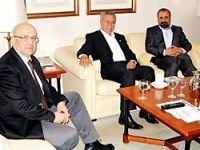 Şivan Perwer Bülent Arınç'la görüştü.