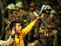 Ordu anayasayı askıya aldı!