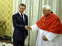 Dimitri Medvedev Papa ile görüştü