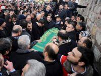 Fatih Camisi'nde Erbakan izdihamı