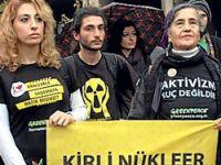 Taksim'de nükleer karşıtı eylem