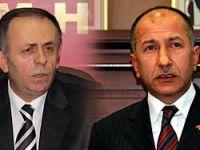 Kaseti Çıkan 2 MHP'li istifa etti