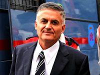 Albay Üçok, Balyoz'dan tutuklandı