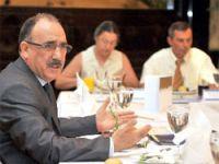 Bakan Atalay sivil toplum temsilcileriyle yemek yedi