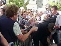 Sarkozy tartaklandı!