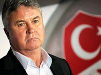 Hiddink: Türkiye'nin imajı zedelendi