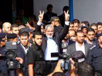 Filistinli tutsaklar Gazze'ye ulaştı