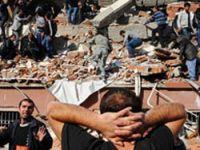 Kızılay: Erciş'te 25 apartman ve bir öğrenci yurdu çöktü