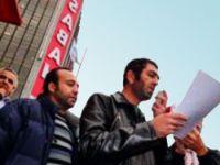 ATV önünde Müge Anlı protestosu