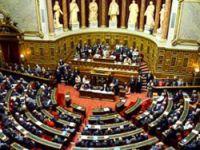 Fransa 'soykırım' teklifini kabul etti