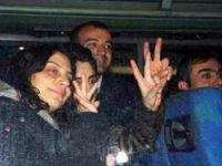 Gözaltındaki gazeteciler adliyeye sevkedildi