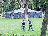 Kaddafi'nin çadırı ABD'yi endişelendiriyor