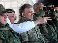 Cumhurbaşkanı Gül ilk kez bir tatbikata katıldı