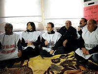 BDP'li belediye başkanları açlık grevinde