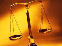 'Allah adaleti emreder'