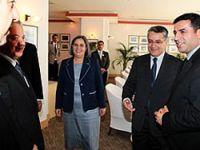Barzani, Demirtaş, Kışanak ve Türk ile görüştü