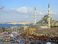 Her üç Türk'ten birinin akrabası, ikisinin ise komşusu Kürt