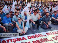Diyarbakır'daki olaylar Taksim'de protesto edildi