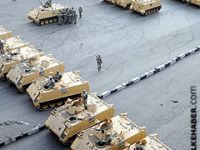 Mısır tankları 32 yıl sonra İsrail sınırında
