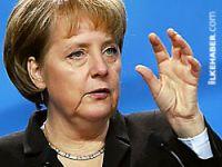 Merkel: Almanya İsrail'in tarafında yer alıyor