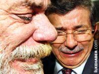 Davutoğlu Gazze'de ağladı