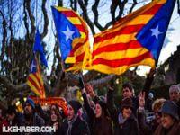 Ve Katalonya'da egemenlik kararı