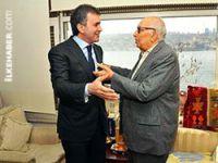 Ömer Çelik'ten Yaşar Kemal'e ziyaret