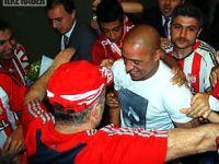 Roberto Carlos Sivas'a geldi
