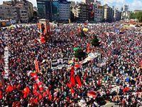 Taksim'de binler toplandı