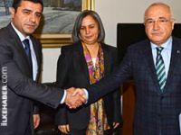 Cemil Çiçek, BDP heyetiyle görüştü