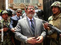 Mursi'nin evine şafak baskını