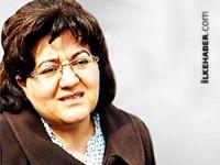 Emine Ayna: Türk devleti Rojava'daki katliama destek veriyor